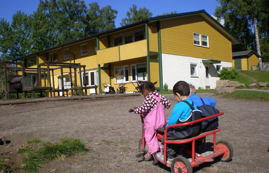 Tokerudåsen barnehage - utebilde