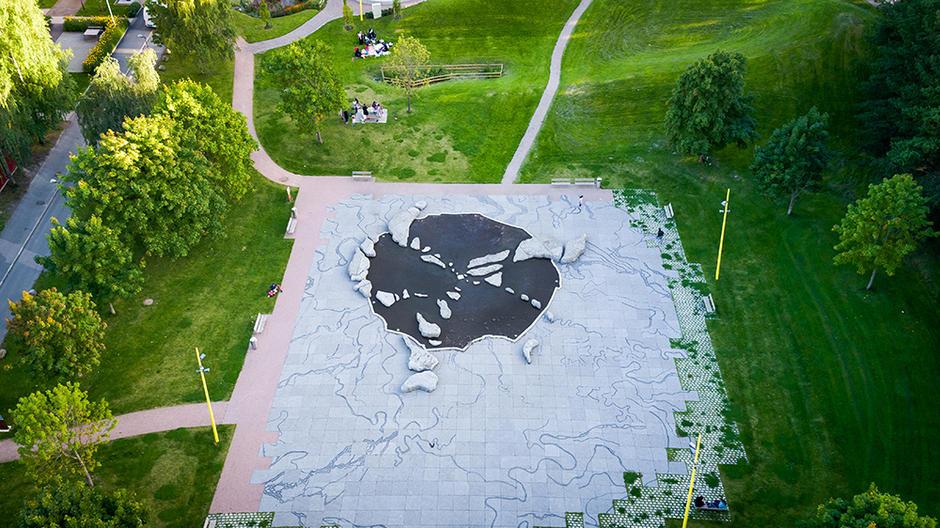 """Kunstverket """"Verdensplassen"""" på Furuset sett fra luften"""