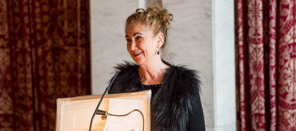 Lise Nordal mottok Oslo bys kunstnerpris for 2016