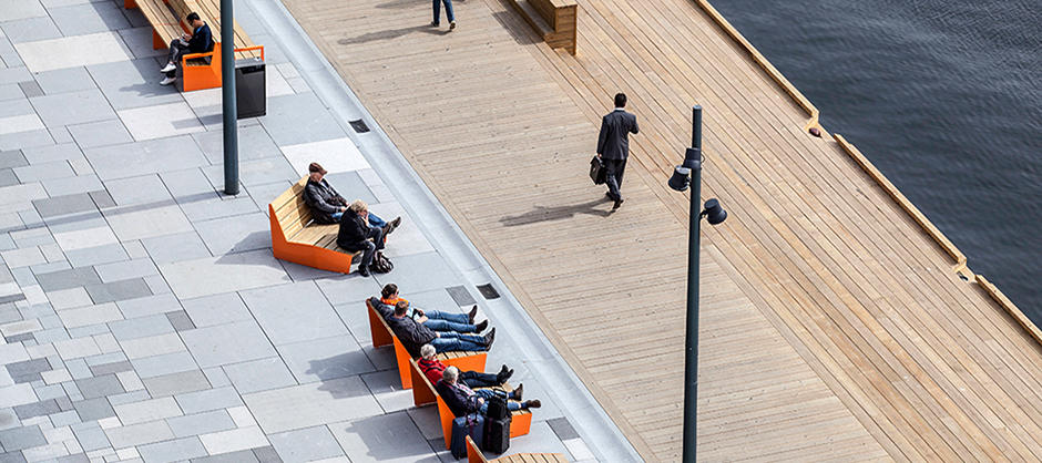 Bygulvet på Aker Brygge (foto: LINK-arkitektur, Tomasz Majewski)
