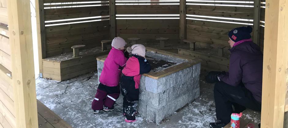 Barnehagens bålhytte