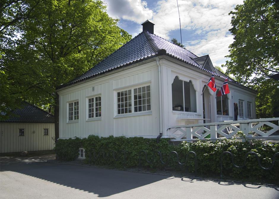 Frognerparken café forside, utenfra