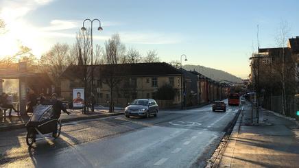 Strømsveien vist fra krysset Strømsveien/Ensjøveien