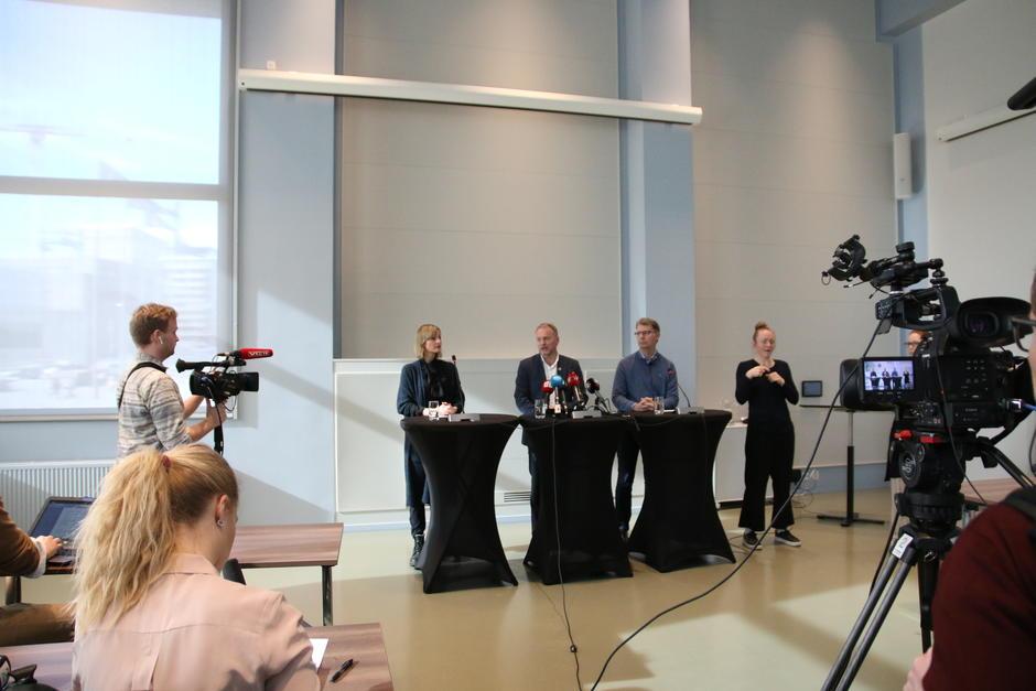 Helsebyråd Robert Steen, Byrådsleder Raymond Johansen og Oppvekst- og kunnskapsbyråd Inga Marte Thorkildsen.