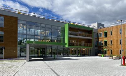 Fasaden på Solfjellshøgda helsehus