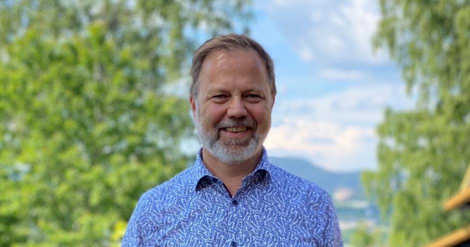 Bilde av bydelsdirektør Marius Trana